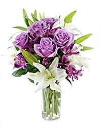 Lilac Ledgends Bouquet for Mother\'s Day, With Vase