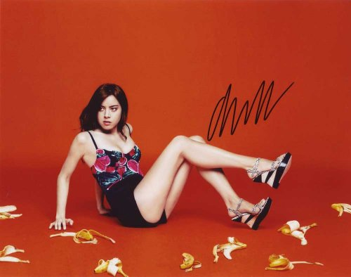 Aubrey Plaza In-Person Autographed Photo