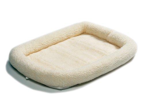Midwest Quiet Time Pet Bed, Fleece, 22″ x 13″