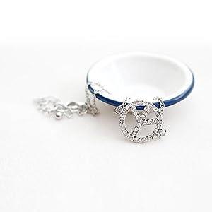 World Pride European Style Cute Simple Rhinestone Peace Sign Bracelet - Silver