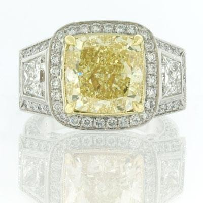 9.04ct Fancy Yellow Cushion Cut Diamond Engagement Anniversary Ring