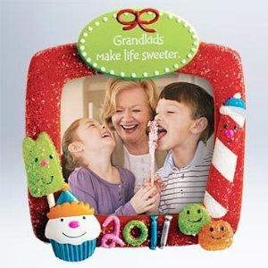 2011 Grandkids Make Life Sweeter Hallmark Ornament