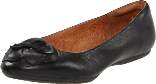 Clarks Women's Aldea Palm Ballet Flat,Black Leather,8.5 C/D US