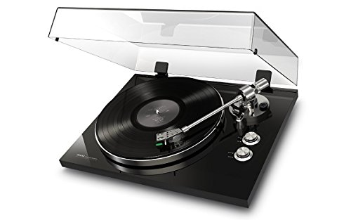 AKAI Professional BT 500 Black Exquisitely Crafted Premium Belt Drive Turntable
