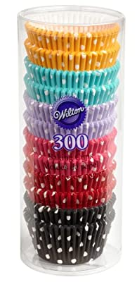 Wilton 300 Polka Dot Cupcake Baking Cups
