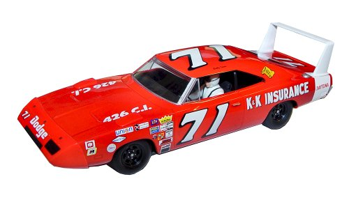 Scalextric Bobby Isaac Dodge Charger Daytona Slot Car (1:32 Scale)