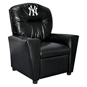MLB New York Yankees Tween Faux Leather Recliner