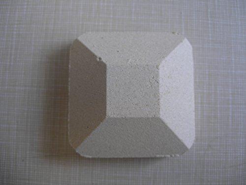 MHP Lynx Gas Grill 28 Pieces White Ceramic Briquette Rock BGLYX