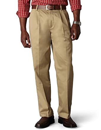 Dockers Men's Signature Khaki D3 Classic Fit Pleated Pant, Dark Khaki, 29x30