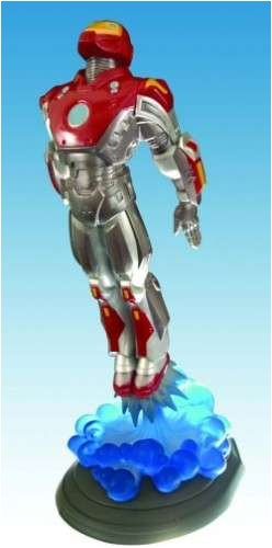 Picture of Diamond Select Marvel Milestones Ultimate Iron Man Statue Figure (B000NHXG3I) (Iron Man Action Figures)