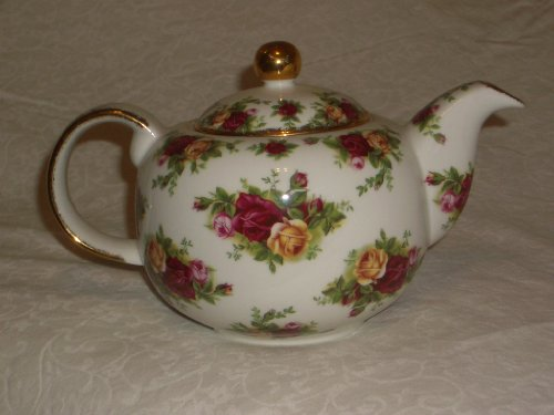 Royal Albert Old Counrty Roses Classic China Teapot (Old Country Roses Teapot compare prices)