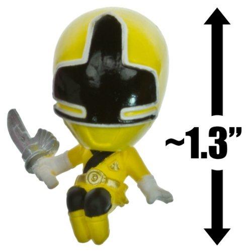 "Yellow Samurai Ranger ~1.3"" Mini-Figure + 3 Trading Card: Power Rangers Samurai Trading Figure + Card Series"