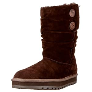 Women's Skechers Keepsake Freeze Boots emit a foot - warming hot style. Keep your tootsies warm as toast! This winter, slide your delicate feet in these Skechers Keepsake Boots to avoid the big freeze. Warm. Comfortable. Stylish. These fashion-rite B...