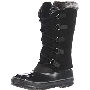 Giant D-ring loops make it easy to lace into this sensational snow boot.