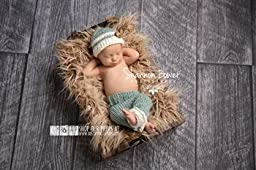 Sage and Ivory Newborn Pants Photography Prop with Matching Hat, Baby Boy Props, Newborn Pants, Photo Props, Handmade Clothing, Knit, Wool