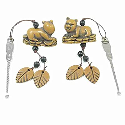 Move&Moving(TM) Portable Silver Tone Ear Wax Removal w Brown Leaves Pig Pendant 2 Pcs