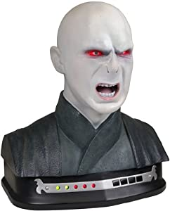 Harry Potter 71324 Ultimate Duelling Battle Trainer - Interactive Infra-Red Wand & Animated Electronic Lord Voldemort Bust