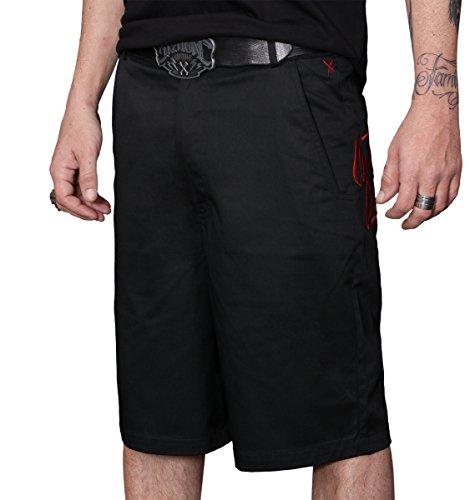 Hyraw fino alla morte, Pantaloncini nero medium