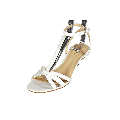 nine west odarlin womens white leather dress sandals shoes