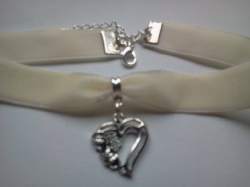 Classic Gothic Pagan Emo Plain Ivory Velvet 16mm Choker Necklace Chain With a 21mm Flower Heart Charm