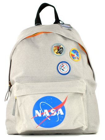 nasa-mochila-badges