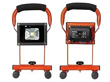projecteur spot lampe etanche de de chantier rechargeable a led high tech m142. Black Bedroom Furniture Sets. Home Design Ideas