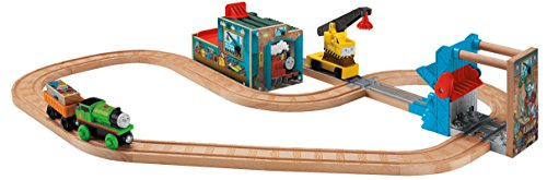 Fisher-Price Thomas the Train Wooden Railway Reg and Percy at The Scrapyard - 1