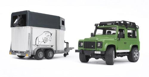 bruder-2592-vehicule-miniature-modeles-simples-land-rover-defender-90-break-avec-van-et-un-cheval