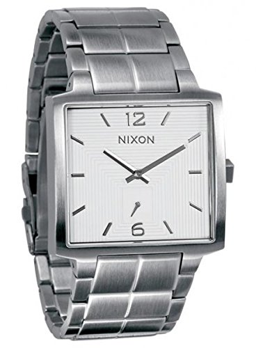 Nixon The District Black