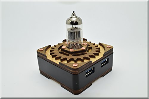 Handmade Triode Radio Vacuum Tube Hi-Speed 4 Ports Usb 3.0 Hub Without Backlight. Steampunk Steam Punk Industrial Metal Electronic Real Genuine Material Handwork Handcraft Interesting Exclusive Unique Best Nice Cool Great Gadget Device Present Gift. Idea front-40203