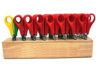 class-pack-of-32-childrens-scissors-with-wooden-block-28-r-h-and-4-l-h-bbe44