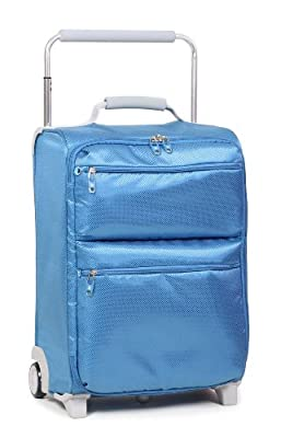 IT World's Lightest Super Lightweight Two Wheel Trolley Case
