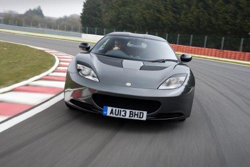 classic-y-los-musculos-de-los-coches-y-para-coches-lotus-evora-deportes-toyric-2013-poster-en-coche-