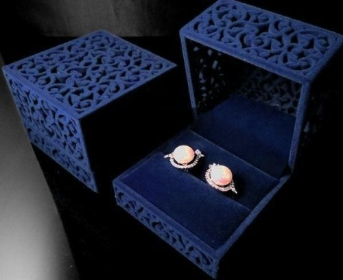 Hit Products Velvet Jewelry Box For Ring Engagement Gift Wedding Favor Sapphire