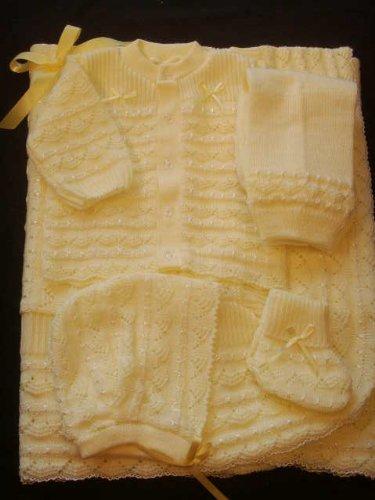 Newborn Baby Bonnets front-1064647