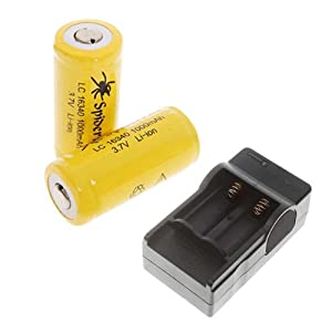 SpiderFire Protected LC 16340 CR123A 3.7V 1000mAh Rechargeable Li-ion Batteries Battery 2pcs + Charger