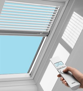 2 horizontal blinds for Velux skylight remote control troubleshooting