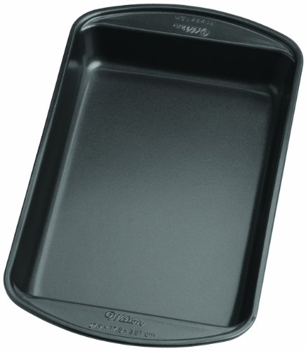 Wilton 2105-6792 Perfect Results Nonstick Biscuit Brownie Pan, 11 by 7-Inch