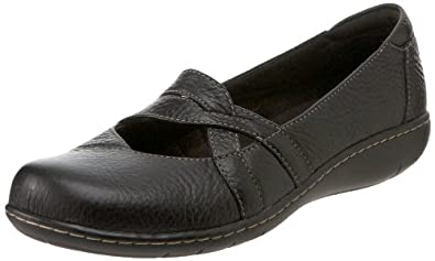Clarks Women's Sixty Cruise Loafer,Black Leather,6.5 W US