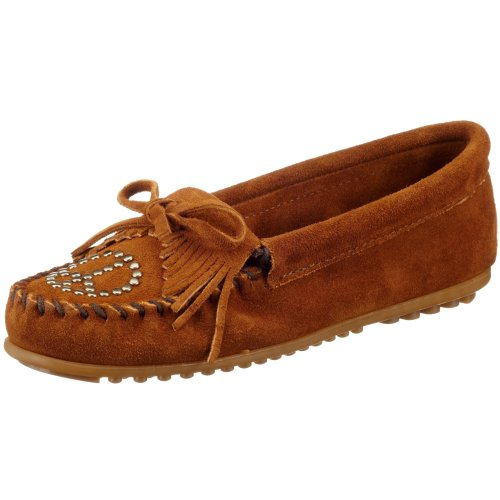 Minnetonka Women's Kilty Peace Sign Moccasin,Dusty Brown,6 M US