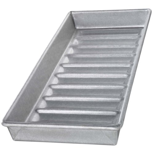 USA Pans 15 x 6 x 1.5-Inch New England Hot Dog Pan Aluminized Steel with Americoat