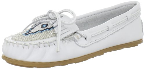 Minnetonka Women's Beaded Kilty Moccasin,White,7.5 M US