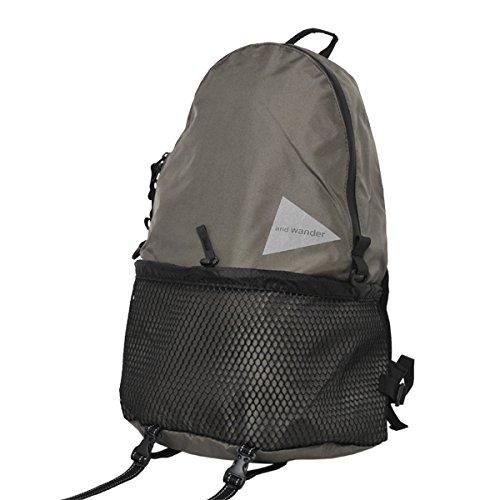 アンドワンダー 20L backpack khaki AW-A990