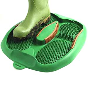 BOOT SCRAPER - GIVES MUD AND WATER THE BOOT - NO MESSY FABRIC TO CLEAN - SIMPLY HOSE CLEAN!