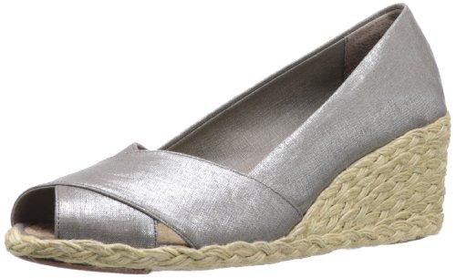 1bae083c826 Volatile Jaida Women s Wedge Flip Flops Platform Sandals Rhinestones ...