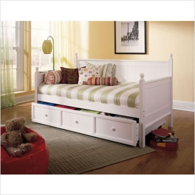 Twin Size Wood Daybed In White Finish W Trundle