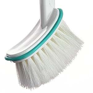 how to clean hair off bathroom floor