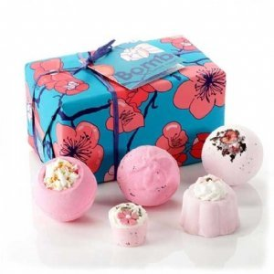 Best Price! Bomb Cosmetics Sweet Heart Gift Set
