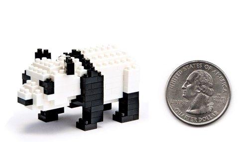 Nanoblock Giant Panda with over 150 Pieces