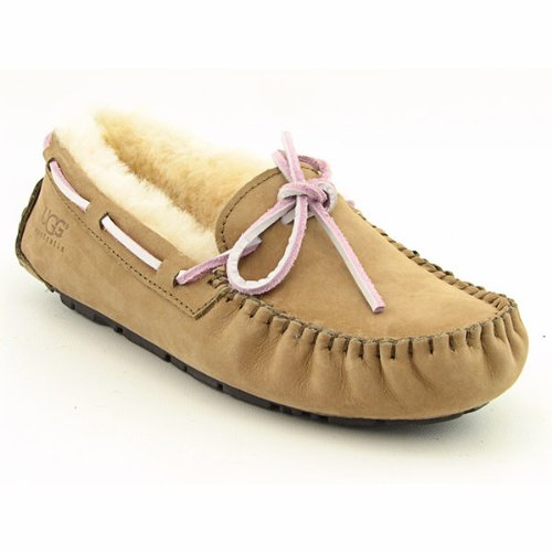how to keep ugg moccasins clean